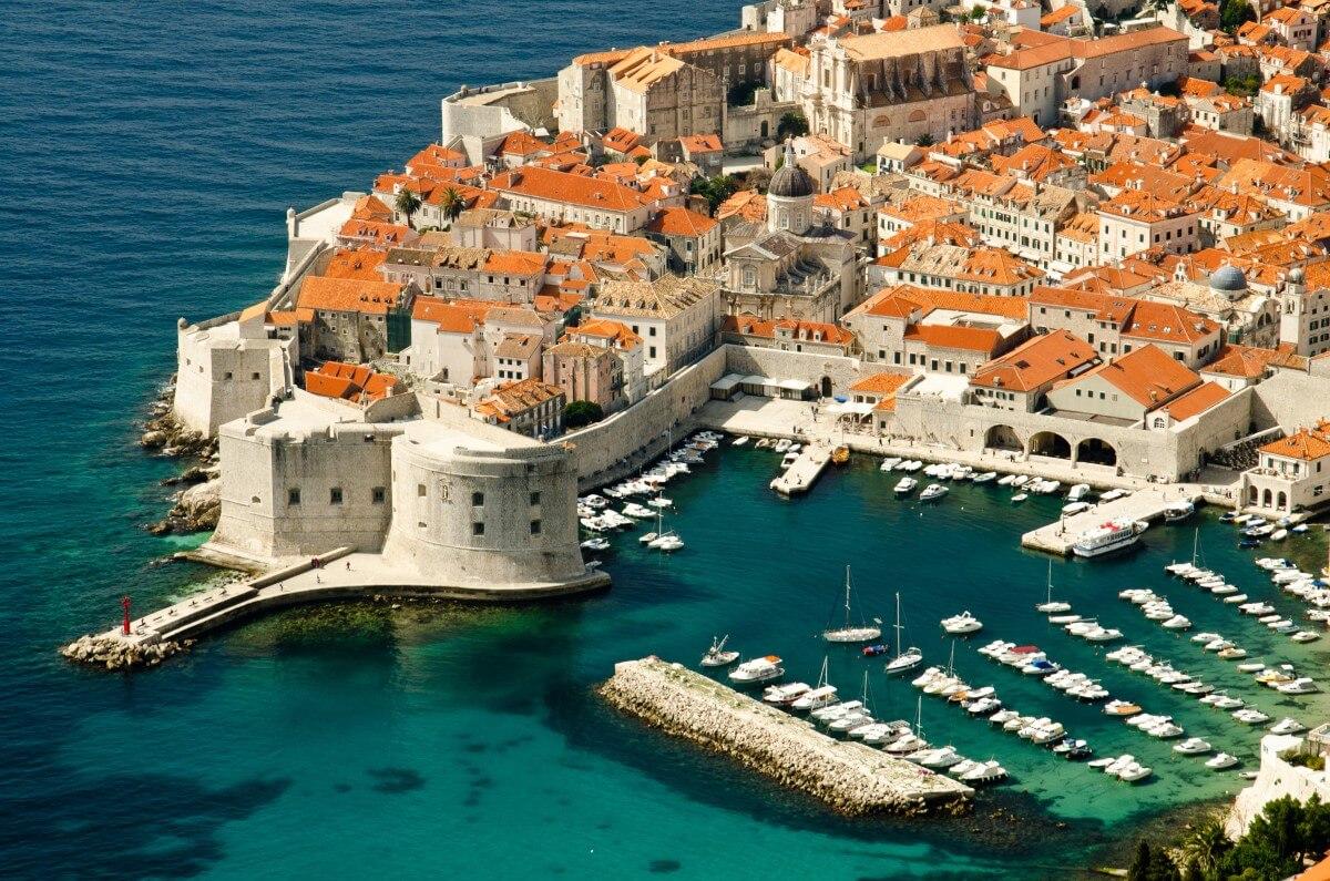 Croatian Romantic story - Honeymoon